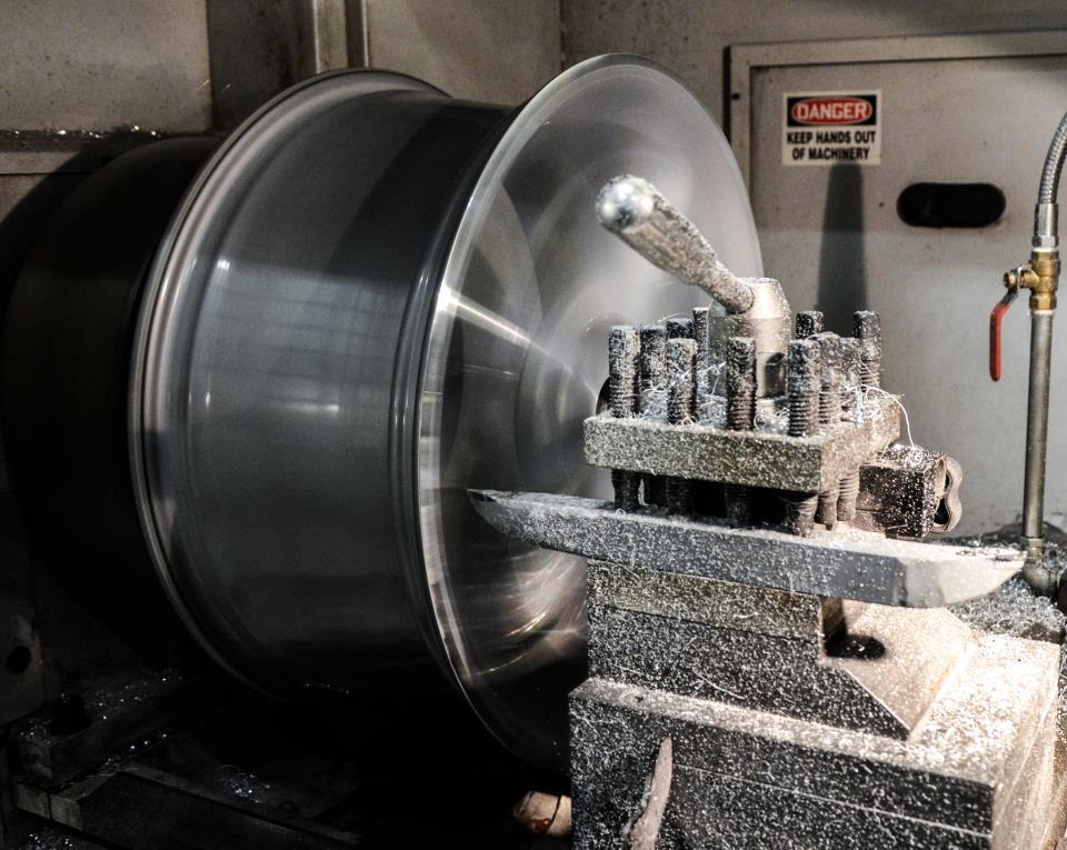 CNC afdraaien van velg